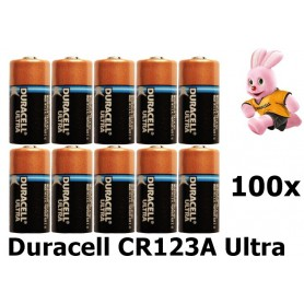 Duracell - Duracell CR123A Ultra lithium battery - Other formats - NK048-100x www.NedRo.us